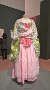 羊飼いのドレス